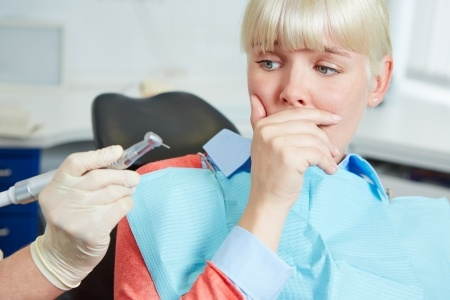 fear of the dentist 21895299_s