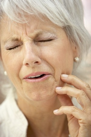 severe toothache 4547064_s