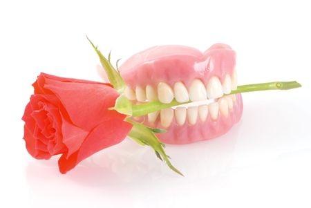cheap dentures 4646771_s